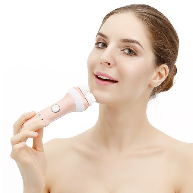 Dual Rotary Cleansing Brush